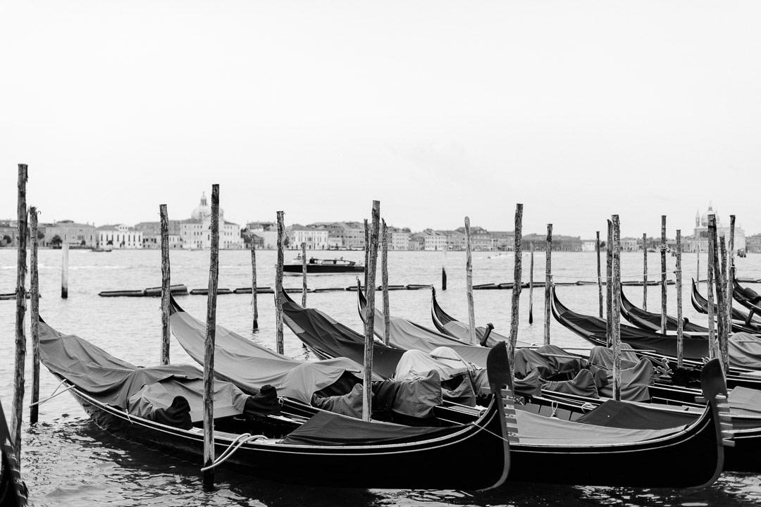 Venice Gondole Luca Vieri Wedding Photographers