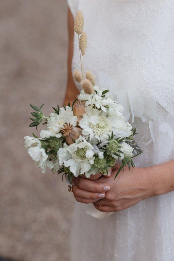 Bride bouquet wedding day