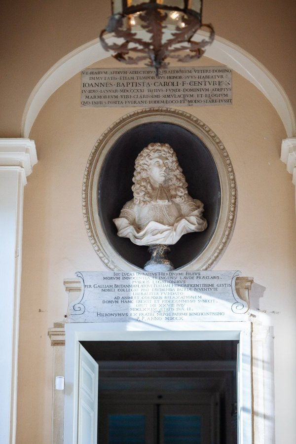 Interior Detail Villa Durazzo