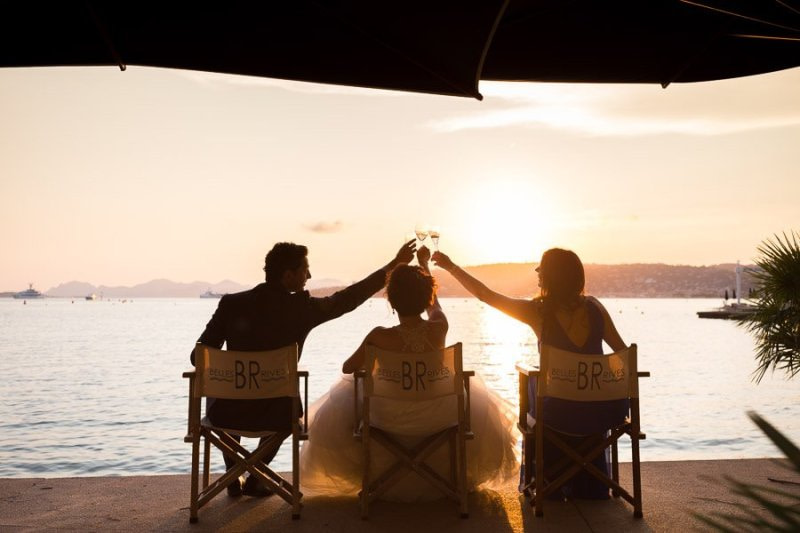 Cheers at Belles Rives Antibes Luca Vieri Wedding Photography